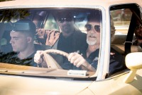 Kevin Gage with Kris Kristofferson in 7 Minutes (production still)